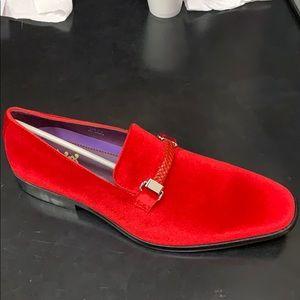 Red velvet shoes for men